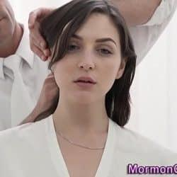 Mormon babe gets cummed