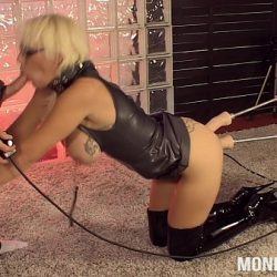 MonicaMilf get's a fuckmachine bp while doing a BJ