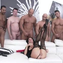 Squirt me a River – Super slut Veronica Avluv DOUBLE ANAL GANGBANG