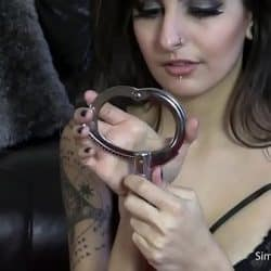 xhamster.com 2934068 handcuffed chayse black 720p