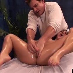 BestGonzo – Teen is slippery wet after erotic oil massage.